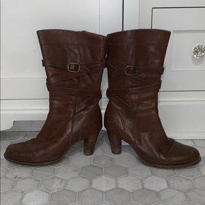 brown leather heeled ugg boots